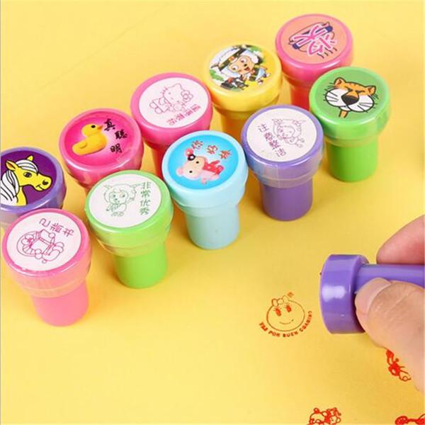 Sellos de tinta para niños Juguete para niños Favores Artículos de novedad Suministros para eventos de regalo de cumpleaños Boy Girl Diversión Papelería
