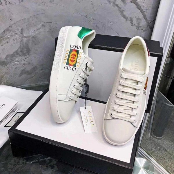 Top Quality Femmes Lettre Graffiti Chaussures Plates En Cuir Véritable Blanc Casual Chaussures De Sport Sneakers 35-41 Avec Boîte