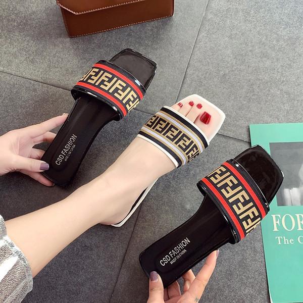 Klasik Kadınlar Tasarımcı Sandalet FF Marka PU + Kumaş Moda Slayt Terlik Yaz kaymaz Düz Dipleri Sandal Açık Plaj Ayakkabıları C61005
