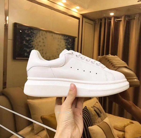 En Kaliteli tasarımcı ayakkabı Hakiki Deri Sneaker Lüks Mens Womens Moda Beyaz Deri Platformu Ayakkabı Düz Rahat Ayakkabı