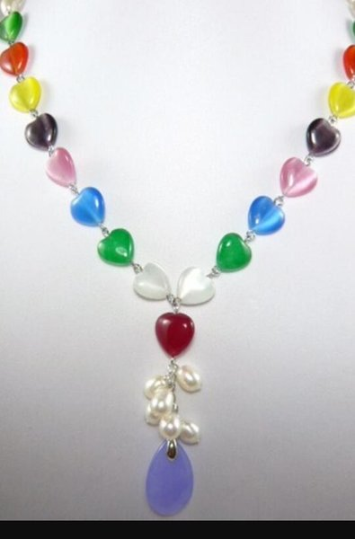 bianco collana + del cuore perla di figura collana colorata della signora di giada ciondolo di pietra +