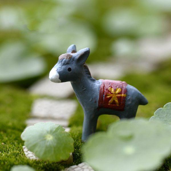 top popular Little Donkey Mini Resin Figurines Cactus Succulent Lover Decor Moss Terrarium Workshop Micro Landscape Accessories Miniature Fairy Garden 2021