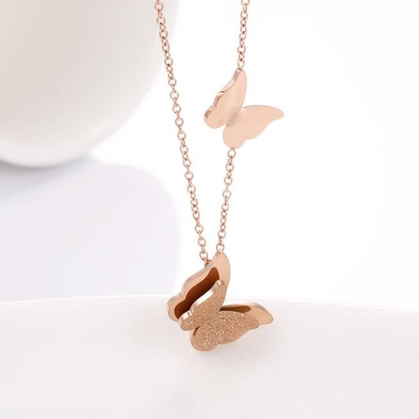 High Polishing Women Fashion Stainless Steel Butterfly Pendant Necklace 18K Rose Gold 316L Sand Blasted Butterfly Lady Necklace Jewelry