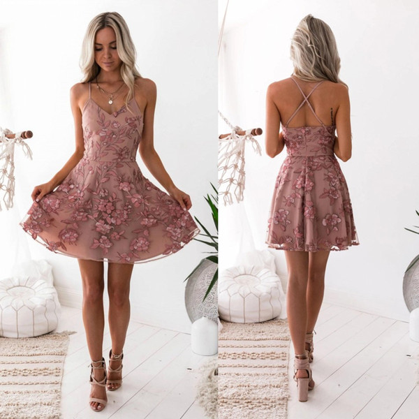 top popular 2020 Sexy Floral Homecoming Dresses New A-Line Dusty Pink Spaghetti Straps Lace Appliques Cocktail Dress Bling Graduation Prom Dress BC0121 2020