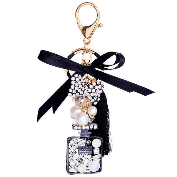Mais recente de Alta qualidade Pérola de Cristal bow tie borla de seda frasco de perfume keychain 5.7 polegadas chaveiro meninas saco de pingente de carro moda accessorie