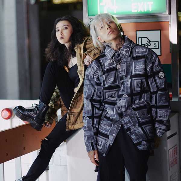 Ins Style Anime Pattern Retro Loose Os Giacca da uomo e da donna Coppia modelli Wild Tide Jacket HFSSJK161
