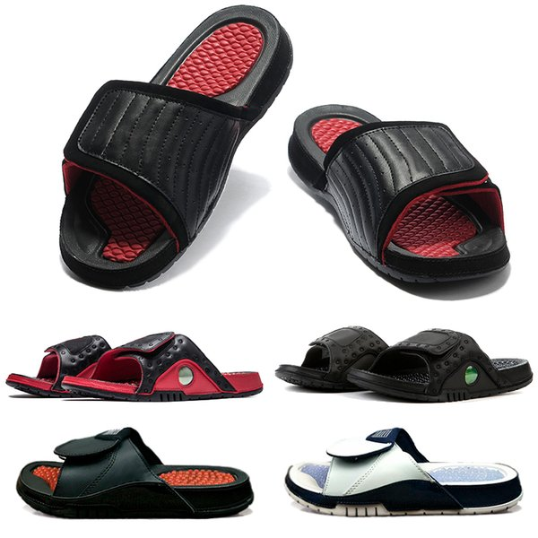 New Designer Hydro Massage Slipper Summer Beach flip flop Black White Casual Sandals Shoes Indoor Bathroom Non-slip Mens Loafer For Women