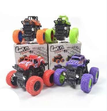 Mini vehículo de juguete de plástico para niños con tracción a las cuatro ruedas de inercia Coche de juguete Tracción Retroceso Truco