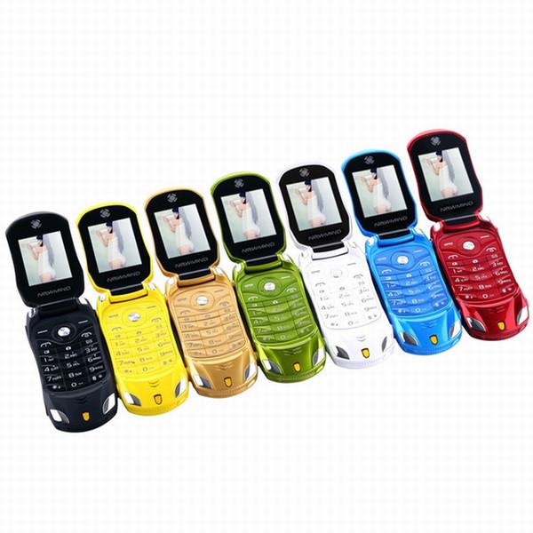 Flip Mini Cartoon Сотовый телефон Детский автомобиль Студент разблокирован Двойная карта GSM Маленькая модель FM-камера Сотовый мобильный телефон