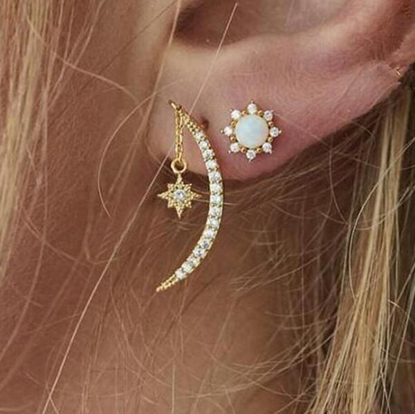 Fashion Women Gold plated Moon & Star Shape Crystal Rhinestone Set Stud Earrings