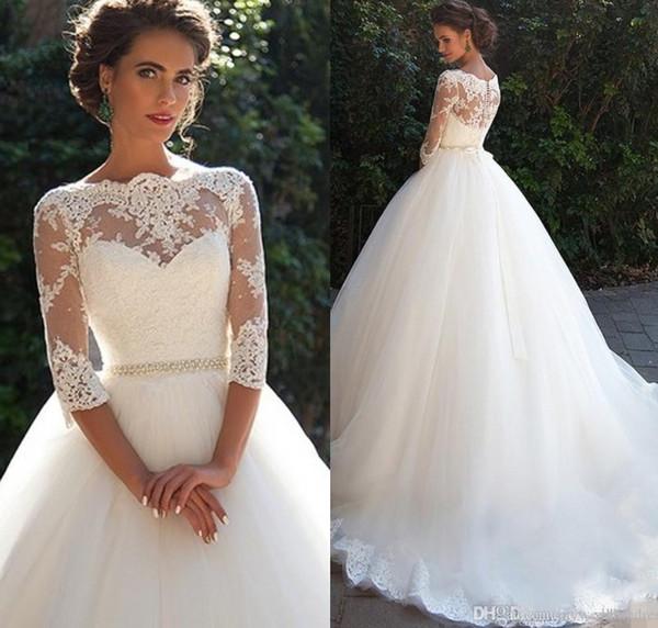 Vestidos de novia de encaje de la vendimia 2020 con la mitad de las mangas largas de tul perlas princesa una línea de vestidos de novia país más el tamaño de WE2998