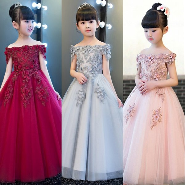 2018 Nuovo Disegno Fiore Ragazza Rosa Abiti Principessa Comunione Costume Abito Off Spalla Flora Appliqued Bambini Abiti Formali MC1736