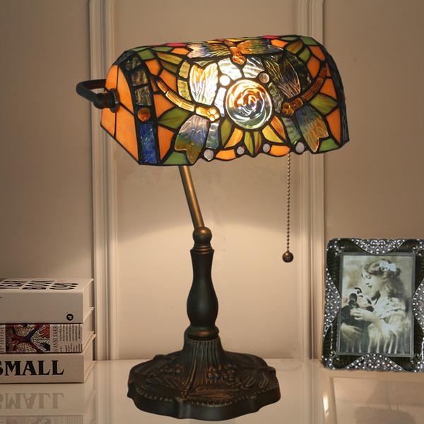 Estudio Vintage La Oficina Del Libélula Lámpara De Vidrio De Manchado Compre De Mesa La Tiffany Nuevo Banco Lámpara Americana Escritorio Con CxrWdBoe