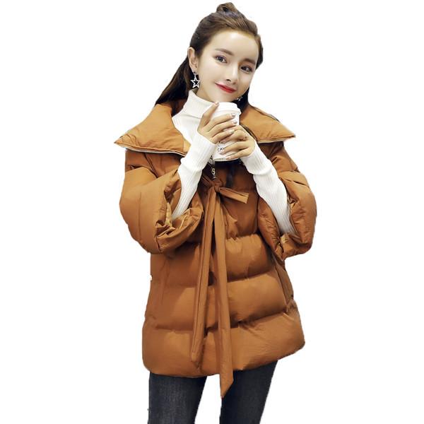 Großhandel 2018 Mode Winterjacke Frauen Mantel Dicker Parka Warme Kurze Daunen Baumwolle Gefütterte Jacke Lose Plus Größe Oberbekleidung L007 Von