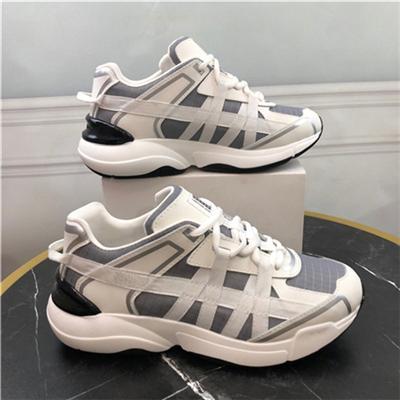 Top qualidade dos homens do desenhista sapatos da moda Alpercatas Real Leather Off preto pantoufle branco mulheres tn luxo sneakers