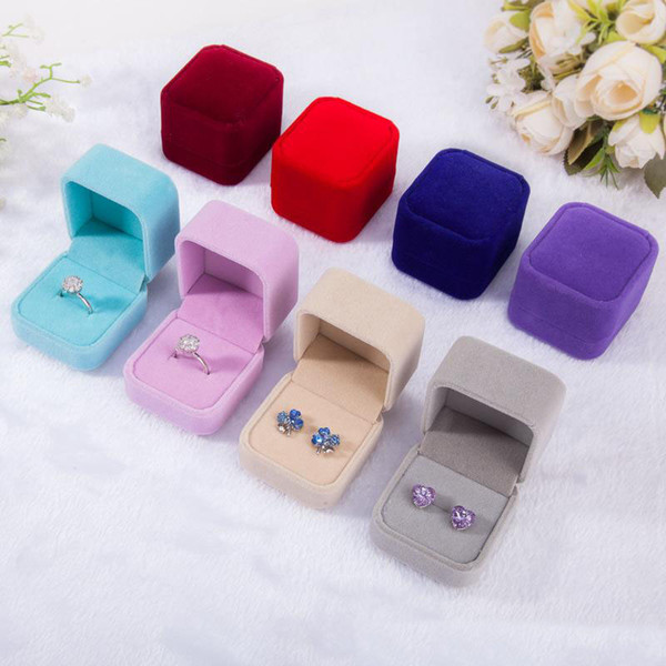 top popular Fashion Velvet Jewelry Boxes cases For only Rings & Stud Earrings 12 color Jewelry Gift Packaging & Display Size 5cm*4.5cm*4cm 2021