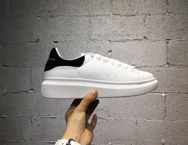 2019 più nuovo arrivo Marca uomini donne moda in pelle oversize piattaforma Alexanders aumentare Queens scarpe casual mens Sneakers di alta qualità