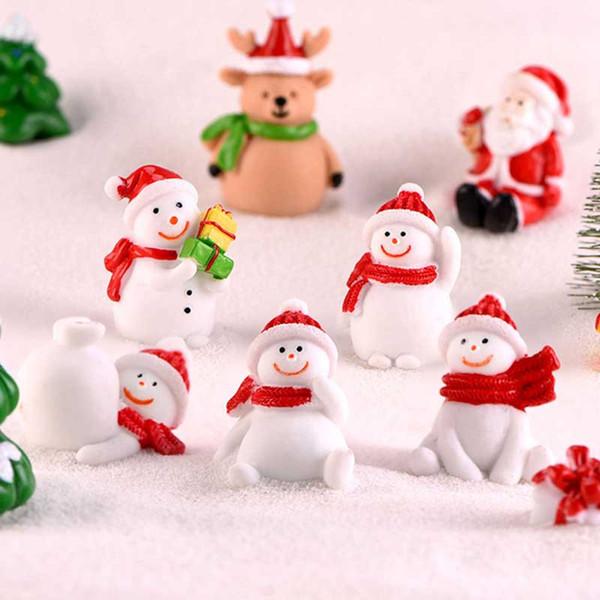 Diminuto bonito Natal Figurines Snowman Santas cervos Xmas Tree neve Bonsai Paisagem Resina Decoração Craft presente Fairy Garden Acessórios