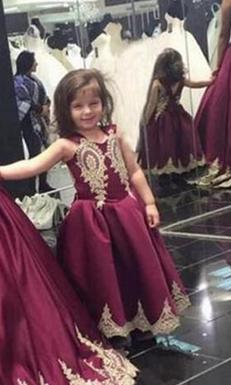 Tochter Kleid