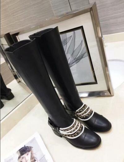 Designer de luxe Femmes Martin Cheville Genou Haute Perle Chaîne Automne Hiver Bottes Vache En Cuir Chaussures Taille 35-41