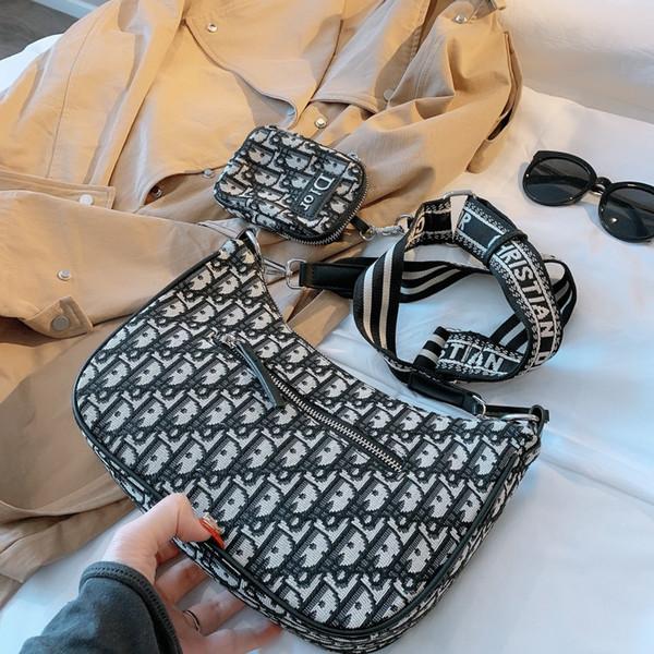 20 Whith Kutuları Marka Göğüs Çanta Yüksek Kalite Lüks Boş Omuz Çantaları Fanny Paketi Kadınlar Desinger Açık Bel Çantası Paketi Ücretsiz Gemi B104717Y