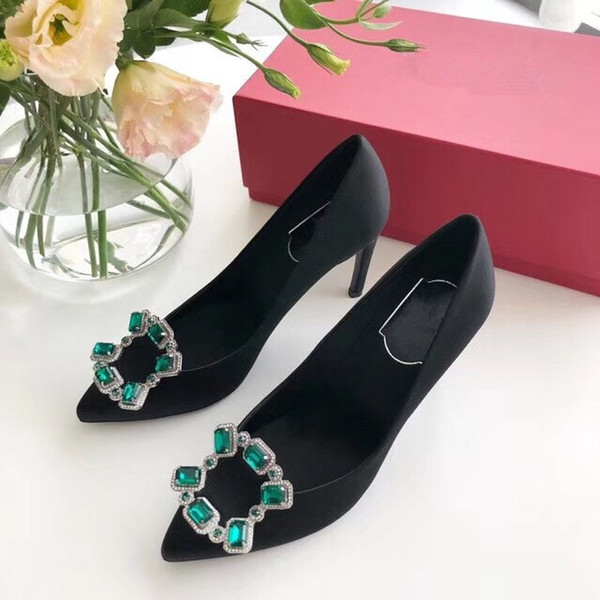 Envío gratis zapatos de tacón alto zapatos inferiores rojos remaches atractivos boca baja suela de tacón alto de las mujeres zapatos de vestir de boda by18122401
