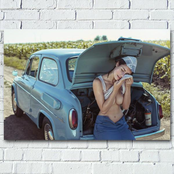 Donna sexy con Retro ragazza auto Busto Modello esterno Photo Wall Art Poster pitture su seta Tela stampe per Living Room Decor