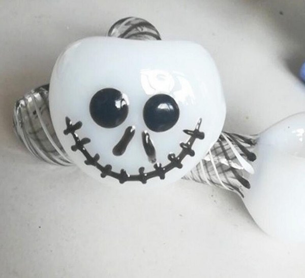 Halloween Oil Burner Glass Pipe Skull Hand Glass Smoking Pipe 4 inches Spoon Cigarette Spoon Hand Thickness Swirl Stripe Tobacco Pipe