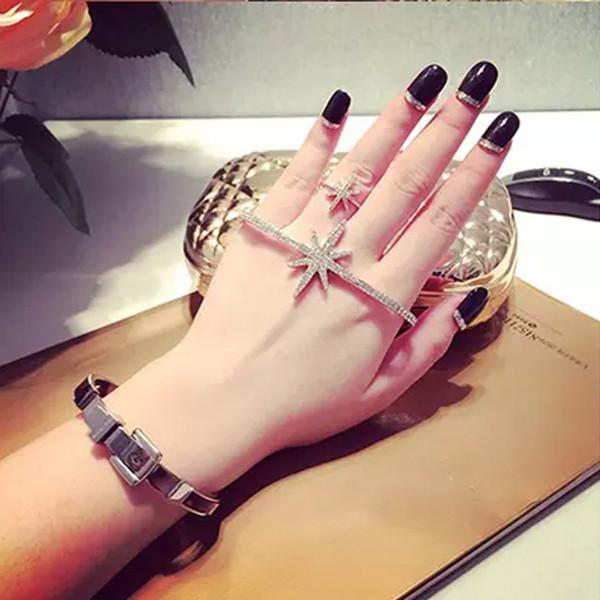 Cristal chispeante Rhinestone revista mano palma brazaletes estrella elástica Charm pulsera mujeres para el banquete de boda joyerías