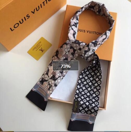 Acheter 2019 La Vente à Chaud Dessin Animé Japonais Et Coréen Petite Fille Chien Modèle D Amour Anglais Mignon Simple élégant Foulard à La Mode
