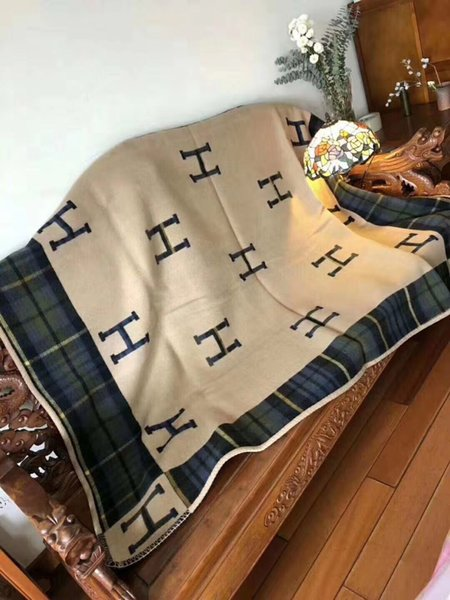 Best Quailty 100 woll H Coperta 140170cm Cashmere Coperta a maglia coperta Plaid in lana all'uncinetto per divano / sedia / Love Seat / Coperta da campeggio per auto