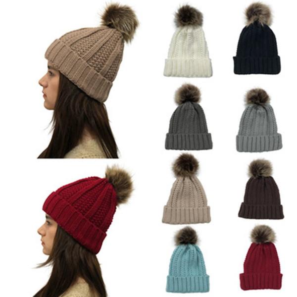 Las mujeres de Pom Pom Beanie Marca Sombreros de invierno invierno al aire libre de la bola de piel caliente del sombrero del casquillo del ganchillo Beanie Skullies del color sólido de punto del deporte del esquí Caps CYZ1286-