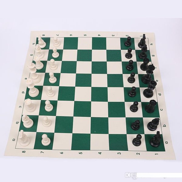 Plastic Chess Tournament Costume Portable Carry Outdoor Jeux d'enfants Intelligence Development pour Anniversaires Meilleur Puzzle Fun Cadeaux 23hg ZZ