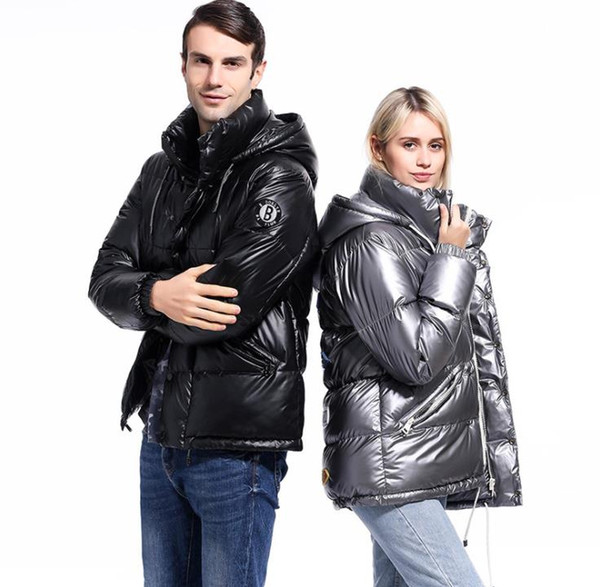 Concepteur D'hiver Brillant Surface Parkas Vestes Mode Casual À Capuche Épaissie Réchauffer Chapeau Détachable Womens Mens Manteaux