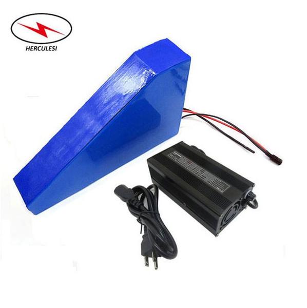 Batteria al litio Triangolo 72V 3000W Batteria 20S7P 72V 24.5Ah Batteria al litio Li-Ion 18650 GA3500 con caricabatterie 4A