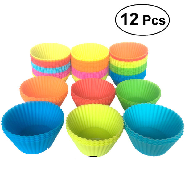 12 Pieces 7cm Silicone Round Reusable Baking Cake Molds Jelly Mould Cupcake Maker Muffin Cup (Random Color)
