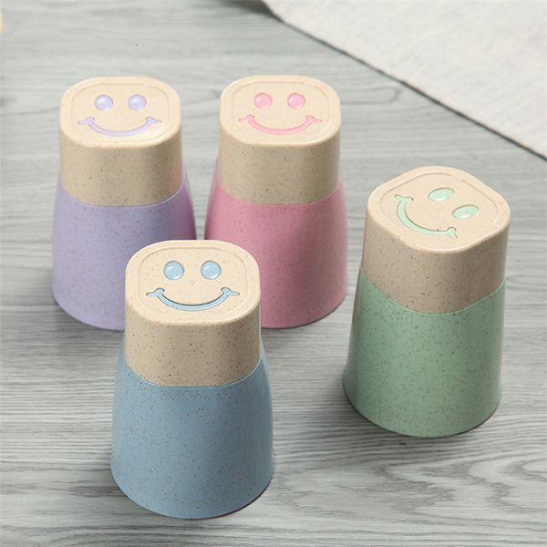 Schöne Plastikschale Plastikbecher Set Smile Design 10 Unzen Weizenstroh und Kunststoffbecher Großhandel