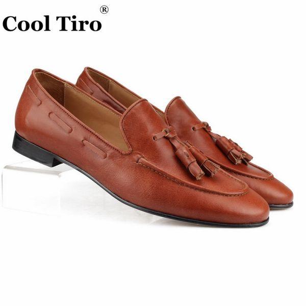 Refroidissent Tiro main Glands Mocassins Pantoufles Hommes Mocassins Brown Chaussures Casual en cuir véritable mariage formel Chaussures Hommes Robe plat