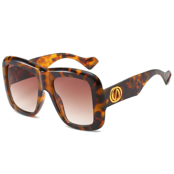 New European and American box sunglasses Women's Brand designer Europe and America sunglasses ladies Fashion Sunglasses ladies large Glasses
