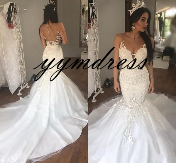2019 White Evening Dresses Long Mermaid Party Dresse Lace Applique Sheer Neck Covered Button Sweep Train Prom Gowns