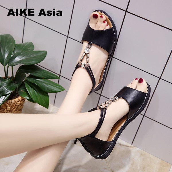 5e493dcd82597 2018 Genuine Leather Women Sandals Hot Sale Fashion Summer Sweet Women  Flats Heel Sandals Ladies Shoes