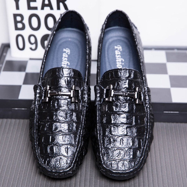 Loafer Men 2019 Leather Loafers Black Moccasin Mens Designer Shoes Slip On Luxury Casual Car Driving Peas Shoes Male Flats Mocassin homme