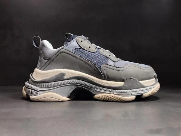 ¡Caliente! 2019 Fashion Paris 17FW Triple-S Sneaker Triple S Casual Dad Shoes para hombres Mujeres Beige Black Ceahp Sports Designer Shoe Size 36-45