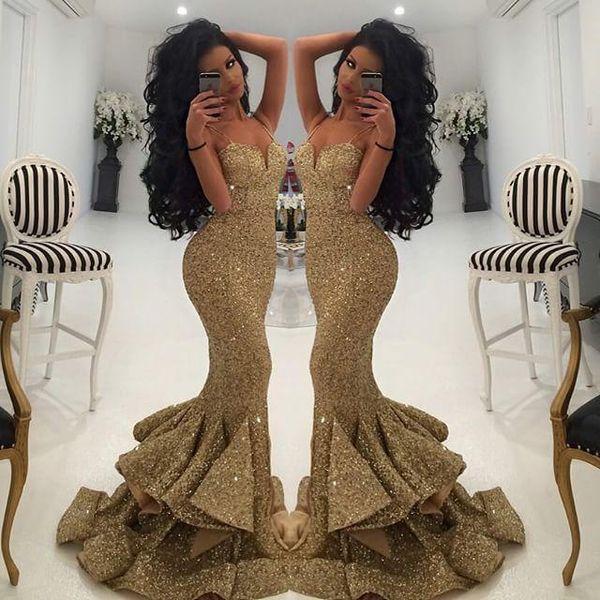 Nueva sirena Vestidos de lentejuelas doradas Ropa de noche 2019 Apliques de encaje Espalda abierta Vestidos de baile Vestidos de desfile Volantes Vestido de fiesta sexy