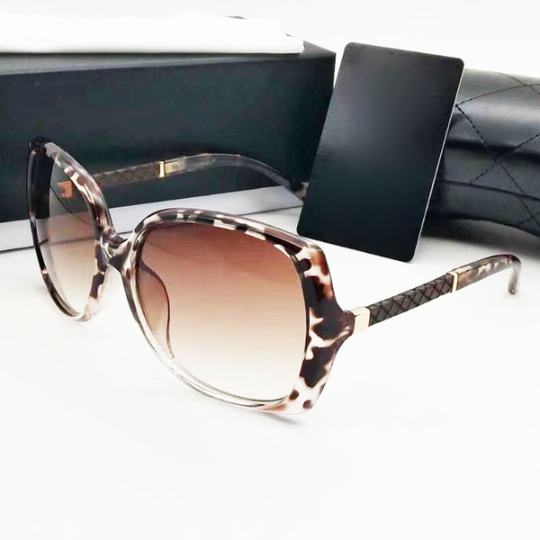 Beliebte Designer Sonnenbrillen für Frauen und Männer klassische große Rahmen Sonnenbrillen UV400 Schutz Brillen Brillen 7 Farben