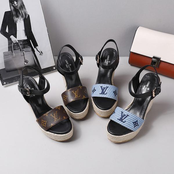 Designer 2019 Nouveau Luxe Talons Hauts En Cuir Daim Mi-Talon Marque Sandale Femme Femme Sandales Eté Taille 34-40 Chaussures Filles D'été