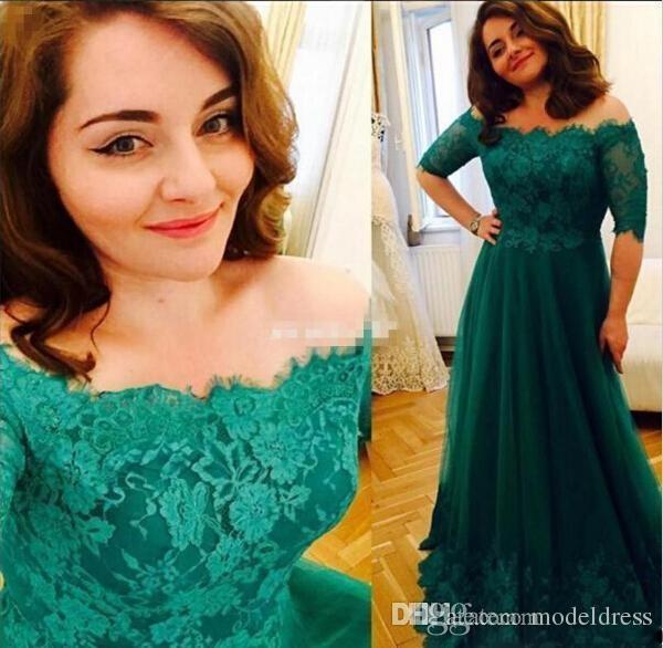 Dunkelgrüne formale Mutter der Braut Kleider halbe Hülse weg von den Schulter-Spitze-Applikationen plus Größen-Mutter-Kleid-Hochzeits-Gast-Kleider billig