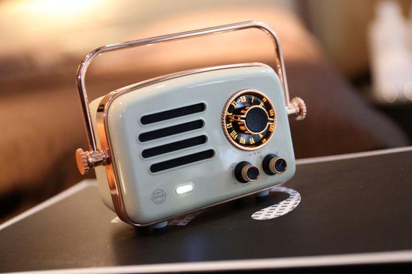 Новый МАО KING MW-R Voyager 2 Lunar рок-белый Bluetooth спикер ретро WIFI Радио беспроводной портативный подарок Музыка Metal Player