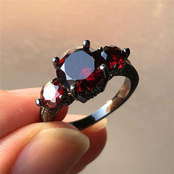 Luxe Femelle Grand Rouge Zircon Pierre Bague De Mode Noir Or Bague De Mariage Style Unique Fiançailles Promise Anneaux Pour Les Femmes