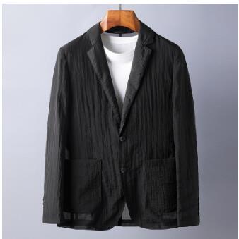 couche de costume noir